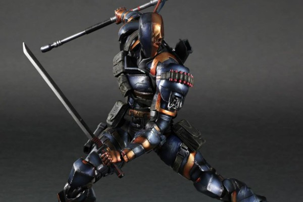 Play-Arts-Kai-Arkham-Origins-Deathstroke-1