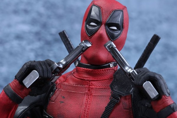Hot Toys Deadpool 2016