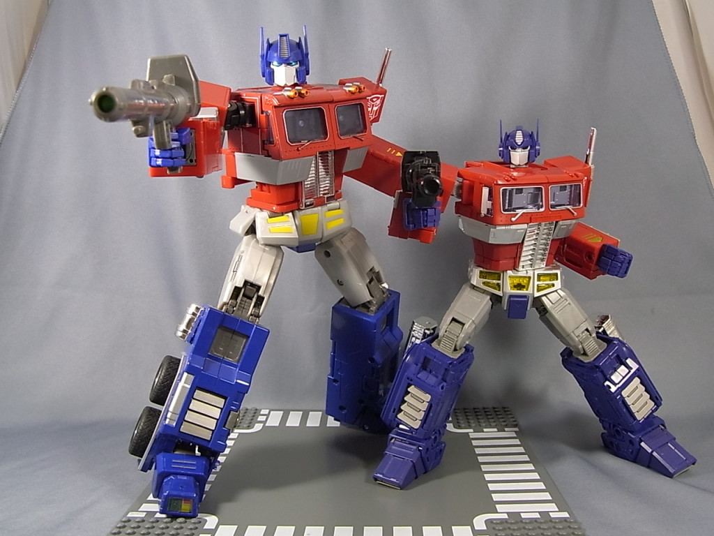 Optimus Prime MP01- vs MP10