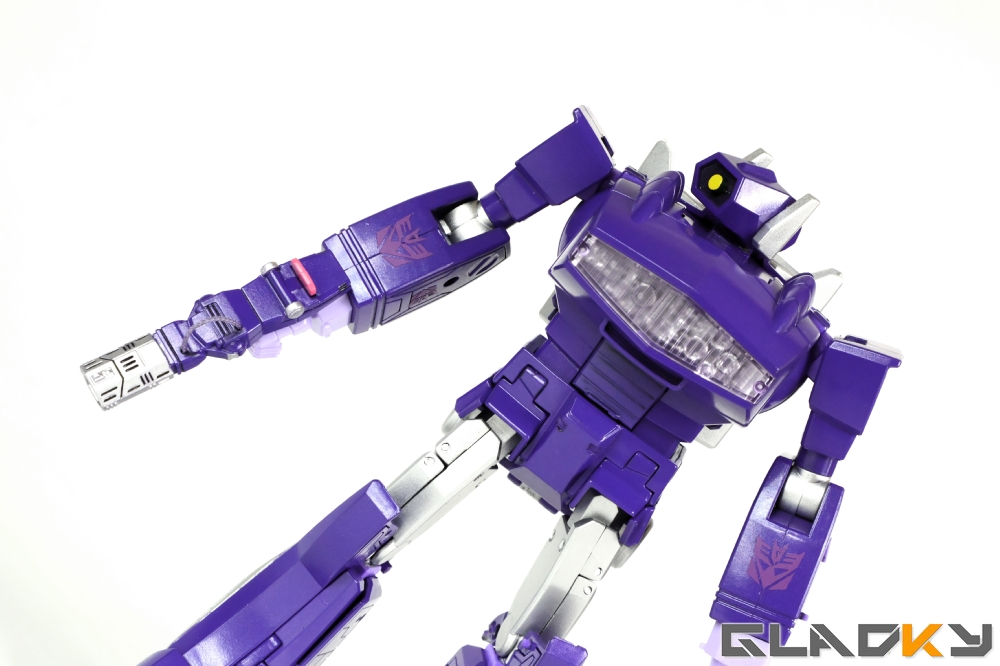 Gladky's Workshop Custom Transformers Masterpiece Shockwave (15)