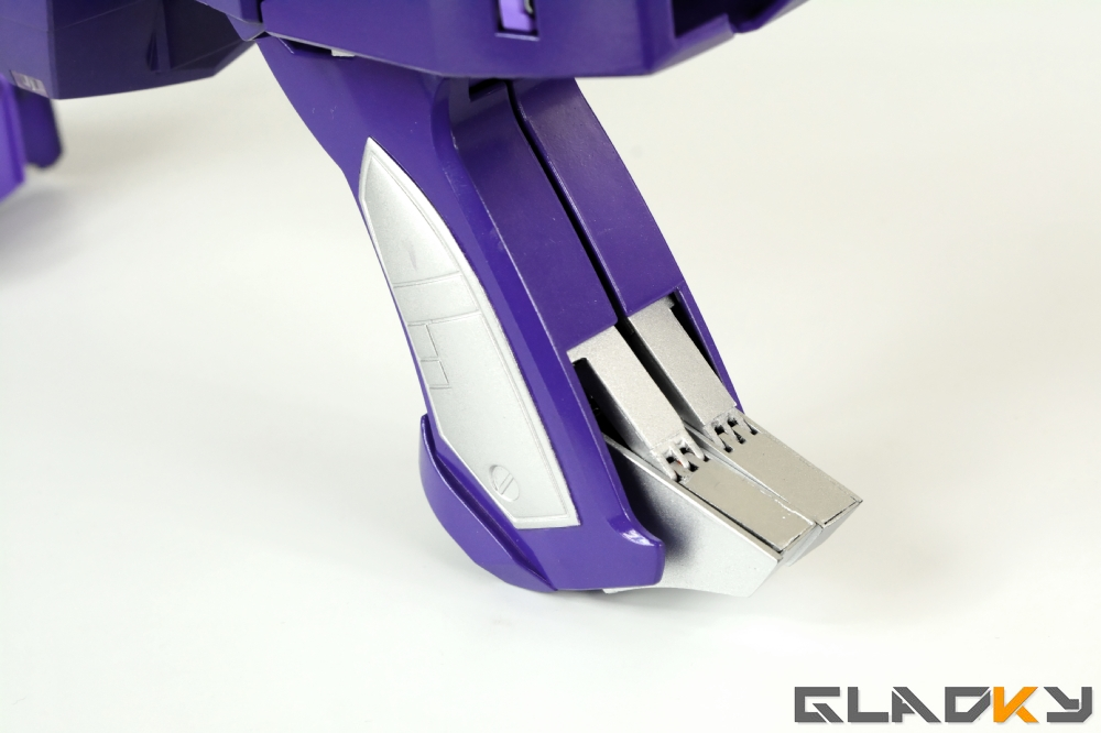 Gladky's Workshop Custom Transformers Masterpiece Shockwave (6)