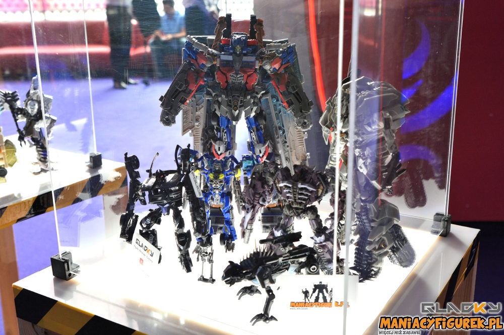 Pokaz Transformers The Last Knight Maniacyfigurek Recenzja Tiny Turbo Changers (5)