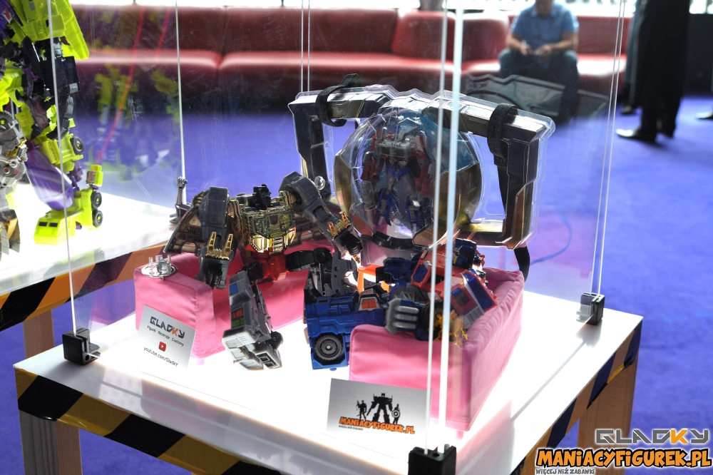 Pokaz Transformers The Last Knight Maniacyfigurek Recenzja Tiny Turbo Changers (9)