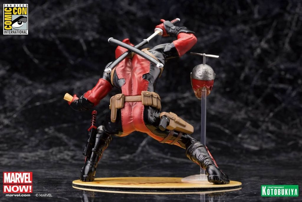 sdcc 2015 marvel deadpool statue