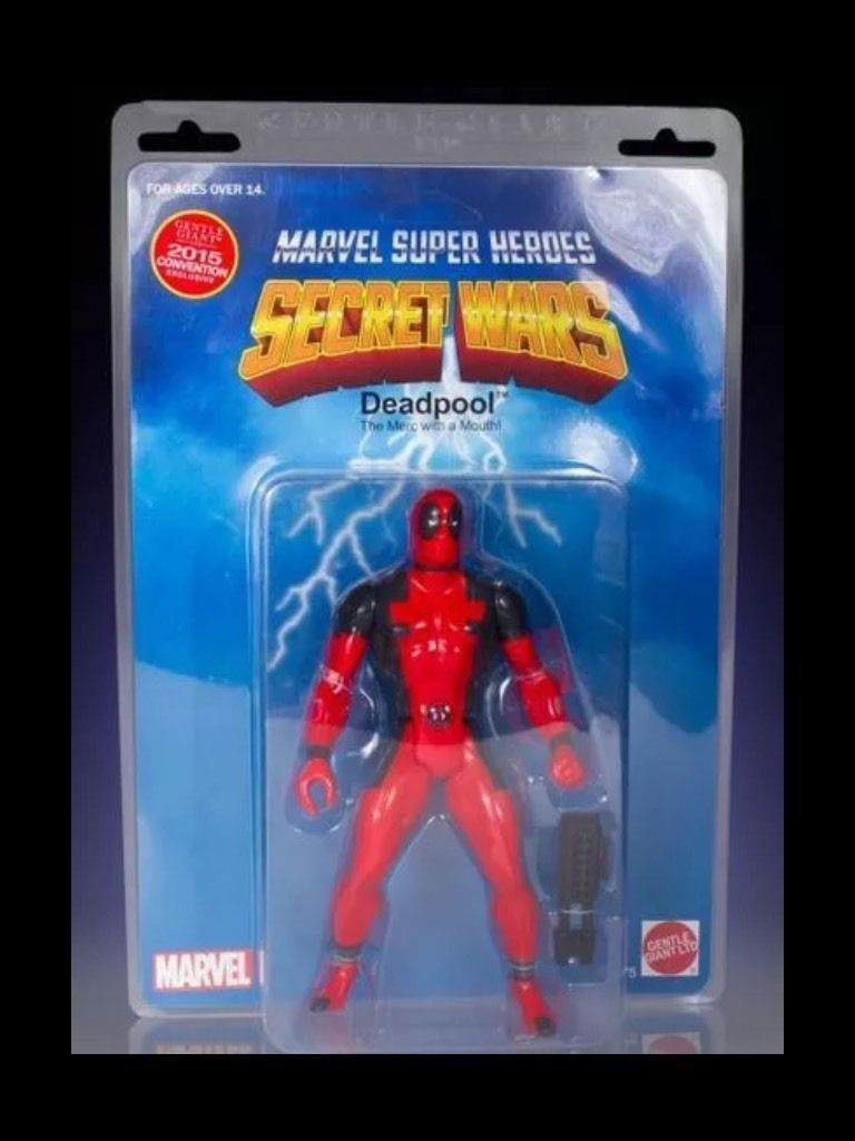 sdcc 2015 marvel gentle giant deadpool