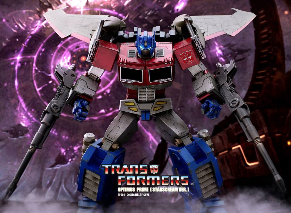 Hot-Toys-Optimus-Prime-3