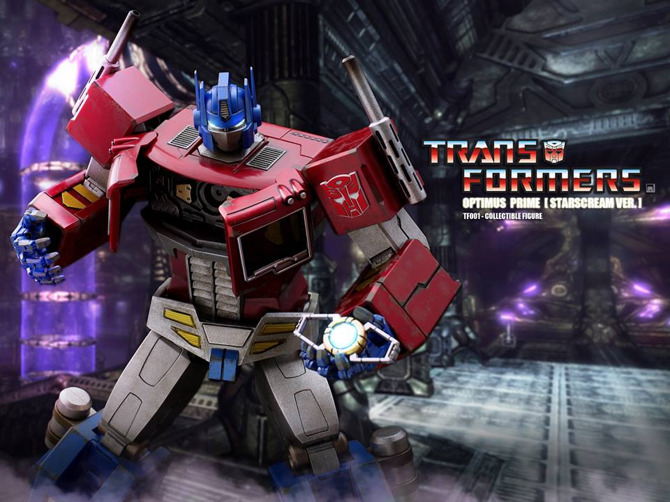 Hot-Toys-Optimus-Prime-4