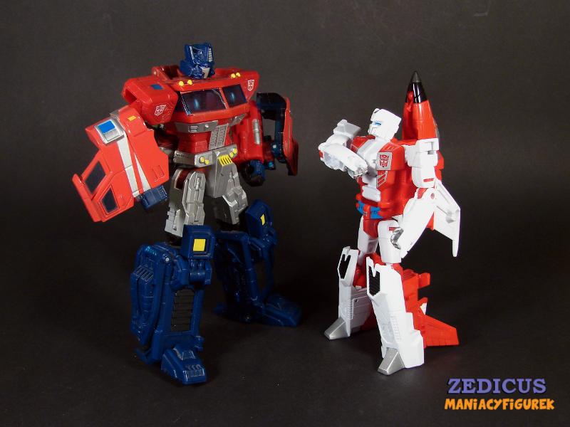 Classic Optimus Prime (Voyager) i Unite Warriors Fireflight