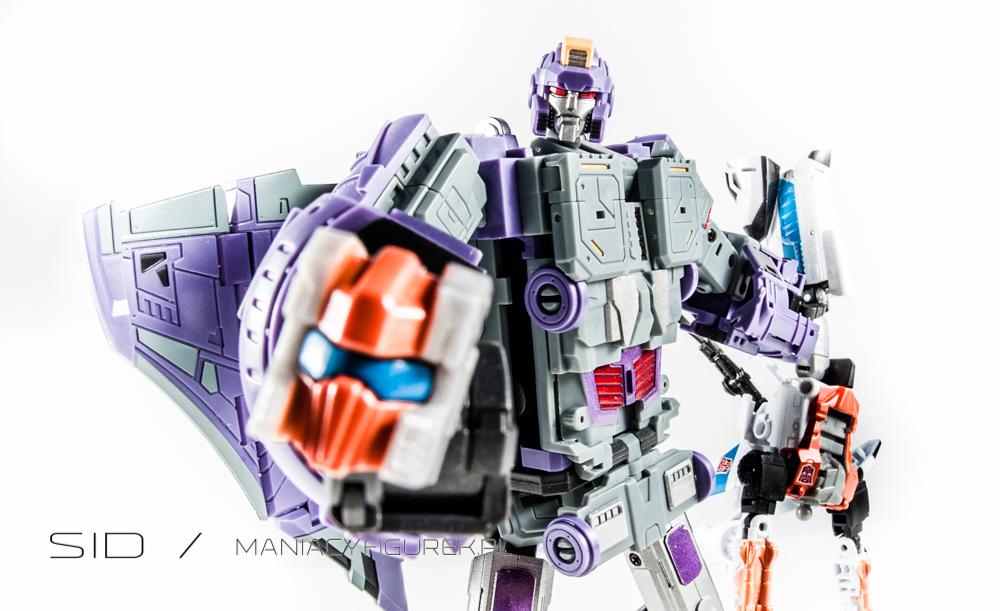 Transformers Astrotrain aka Chigurh by DX9
