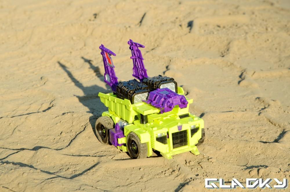 Transformers Combiner Wars Long Haul altmode