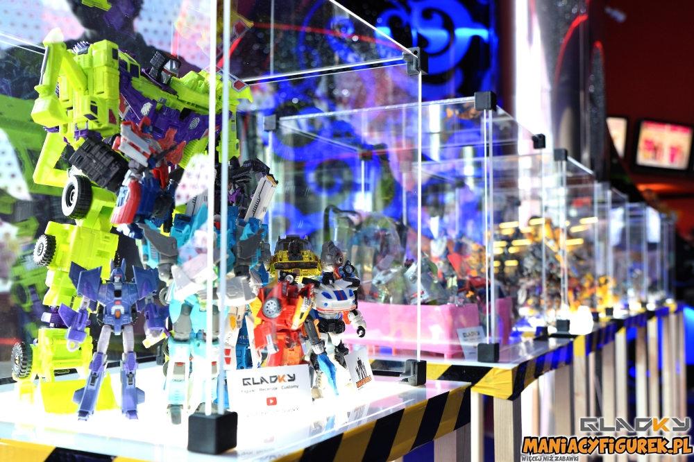 Pokaz Transformers The Last Knight Maniacyfigurek Recenzja Tiny Turbo Changers (11)