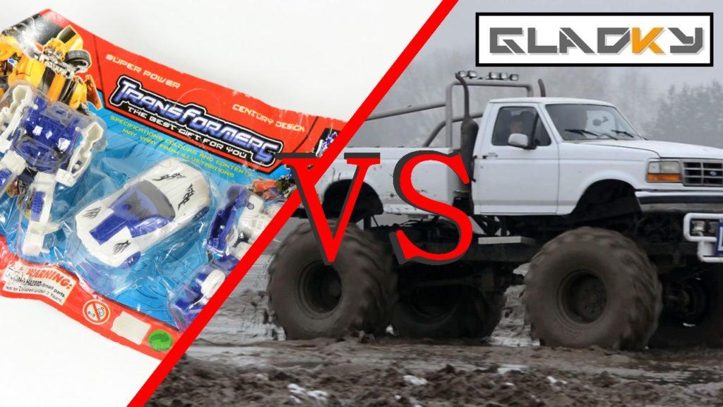 Plastikowe Barachło VS Monster Truck z logo