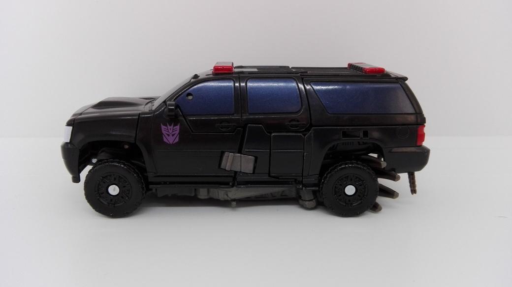 Transformers Studio Series Crowbar altmode-side