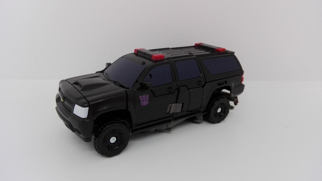 Transformers Studio Series Crowbar altmode