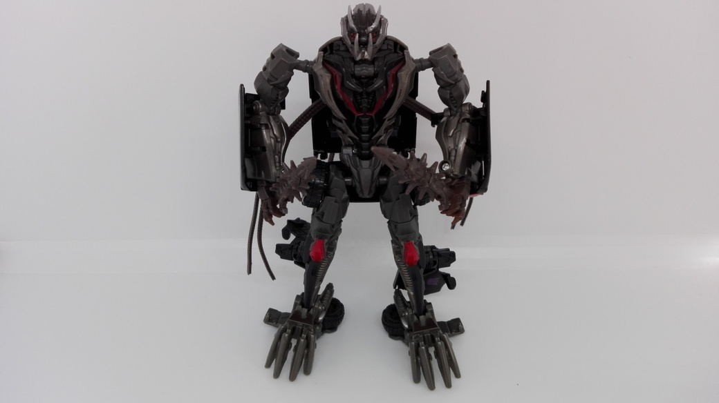 Transformers Studio Series Crowbar robot-weapon