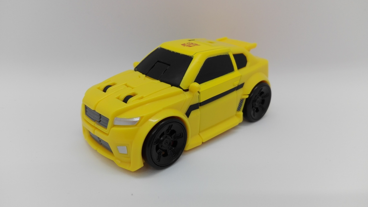 Transformers Generations Titans Return Bumblebee altmode-1