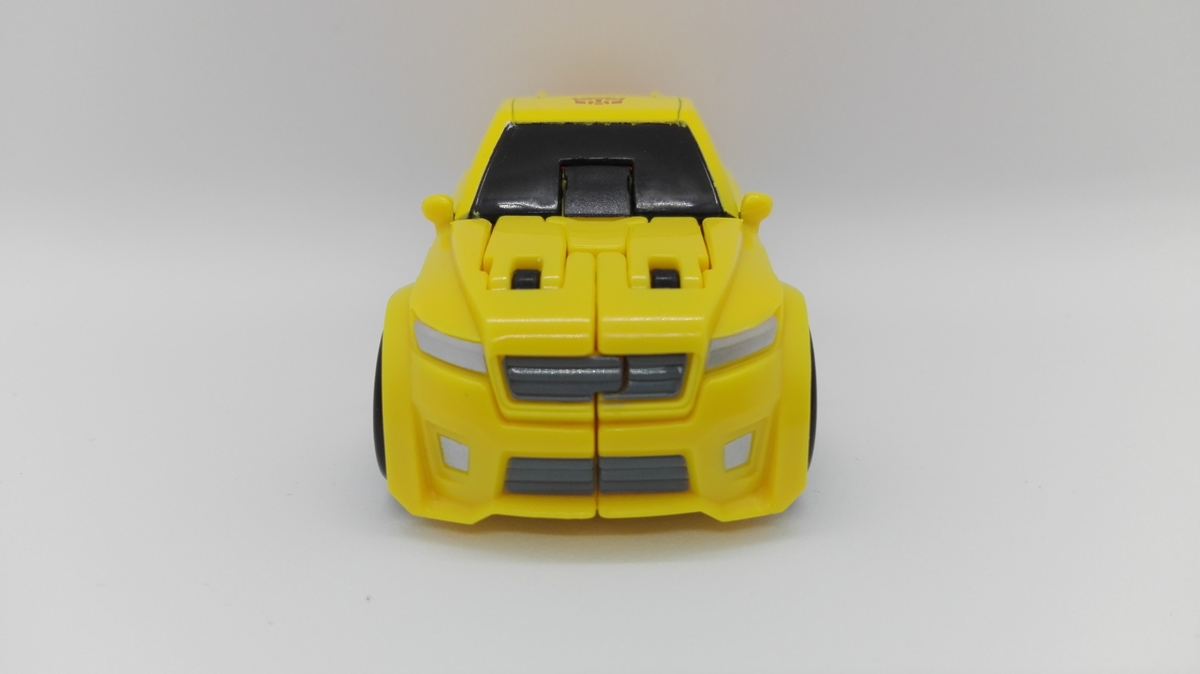 Transformers Generations Titans Return Bumblebee altmode-2