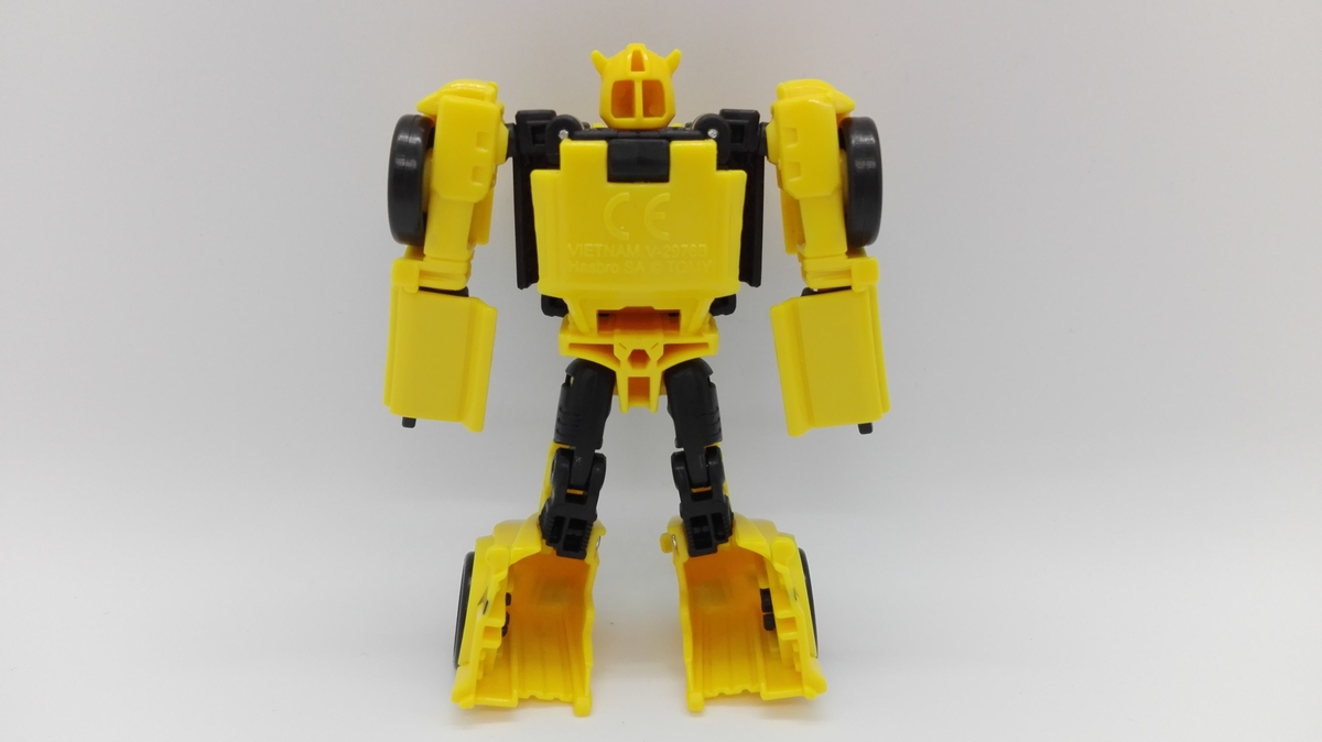 Transformers Generations Titans Return Bumblebee robot-3
