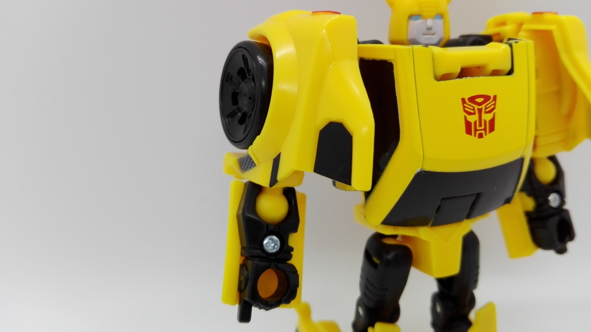 Transformers Generations Titans Return Bumblebee robot-5