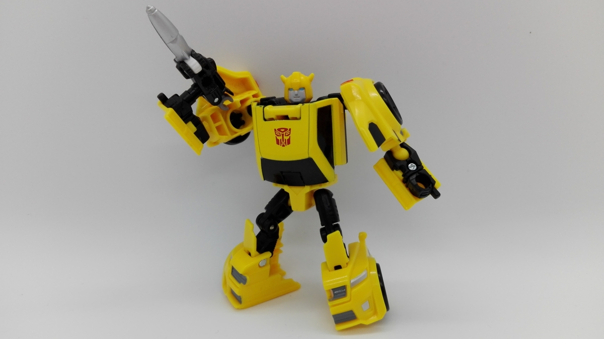 Transformers Generations Titans Return Bumblebee robot-posed