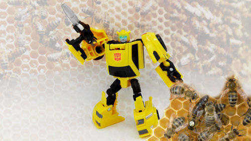 Transformers Generations Titans Return Bumblebee thumbnail