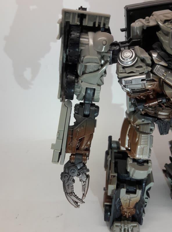 Studio Series DotM Megatron