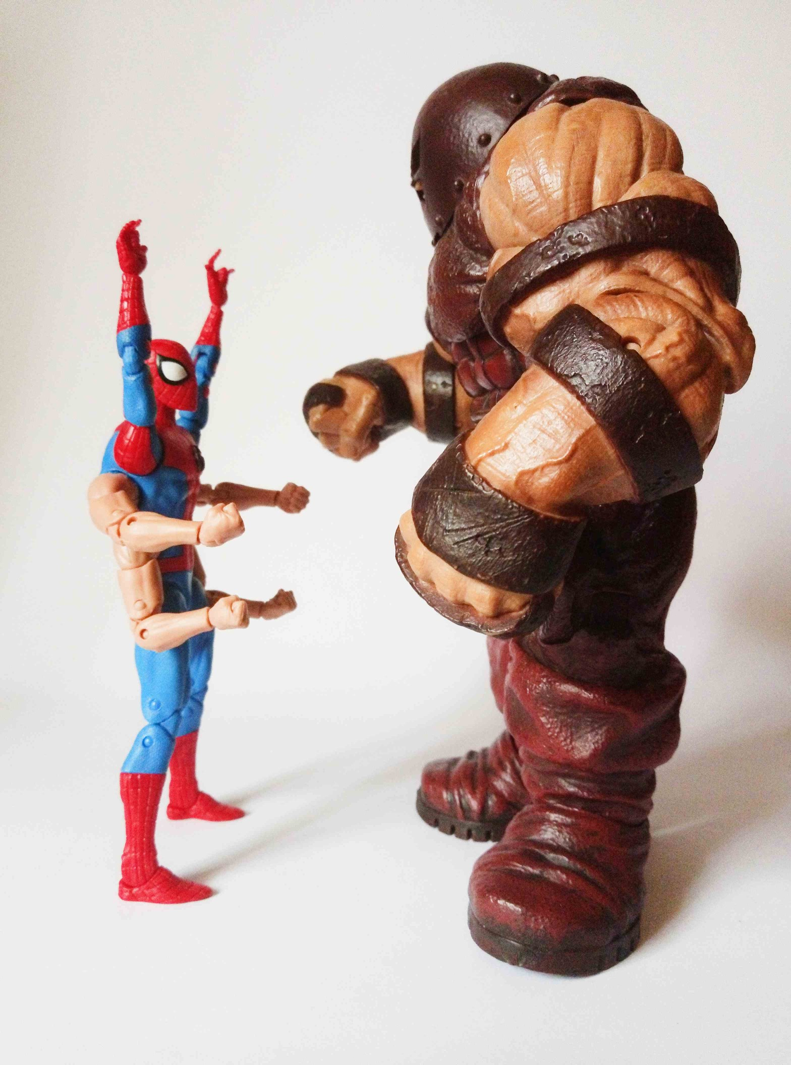 Marvel Legends Sixarms Spiderman vs. Marvel Select Juggernaut